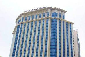 Lạ lùng cách hành xử 'thô thiển' của Khách sạn Crowne Plaza