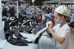 Công ty Crystal Martin Việt Nam sẽ tăng mức lương cơ bản cho công nhân