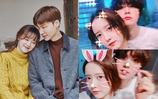 Kỷ niệm 2 năm ngày cưới, 'nàng cỏ' Goo Hye Sun lần đầu khoe loạt ảnh 'selfie' cùng chồng trẻ