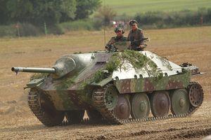 Ngạc nhiên lý do phát xít Đức chế pháo chống tăng 'bé hạt tiêu'