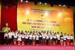 Hà Nội: Quận Cầu Giấy tuyên dương 338 học sinh giỏi tiêu biểu năm học 2017-2018
