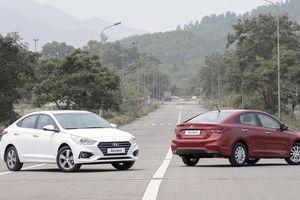 Giá lăn bánh xe Hyundai Accent 2018