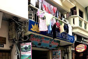Văn phòng du lịch Spring Travel Agency 'bỏ trốn'