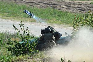Chuyên gia Mỹ thừa nhận tên lửa Javelin vô dụng ở miền Đông Ukraine