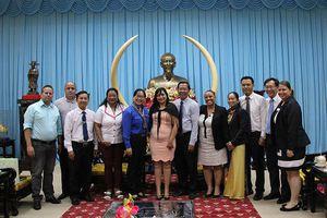 Đoàn đại biểu cấp cao T.Ư Đoàn TNCS Cuba thăm Bến Tre