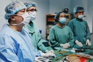 Nội soi u xơ tuyến vú giảm biến chứng, nhanh hồi phục