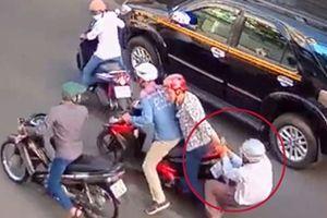 Trường đại học ở Sài Gòn cảnh báo cướp giật hoành hành