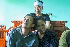 Lái tàu SE19 tử nạn khi con sắp chào đời