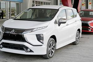 Mitsubishi Xpander 7 chỗ giá rẻ về Việt Nam 'đấu' Toyota Innova