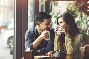 8 điều các chàng hay 'soi' bạn gái trong lần hẹn hò đầu tiên