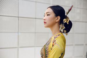 Hành trình tỏa sáng với 6 bộ áo dài của nàng thơ xứ Huế Ngọc Trân