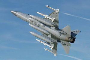 Nguyên nhân nào khiến tiêm kích JF-17 Trung Quốc giá rẻ mà vẫn 'ế ẩm'?