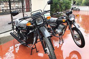 Xe máy Minsk 'chở lợn' giá 100 triệu đồng tại Hà Nội