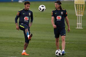Neymar khiến người hâm mộ Brazil lo lắng