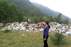 Hoằng Hóa (Thanh Hóa): Dân kêu trời vì bãi rác gây ô nhiễm nghiêm trọng