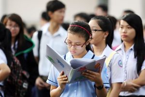 Hà Nội thay đổi phương án tuyển sinh khiến phụ huynh hoang mang