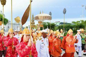 Không khí đại lễ Phật đản 2.562 tại Việt Nam và một số nước trên thế giới
