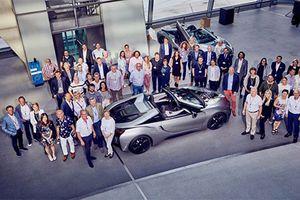 18 chiếc siêu xe BMW i8 mui trần đặc biệt đã có chủ