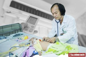 Trẻ viêm phổi nhập viện ngày càng nhiều vì mẹ dùng điều hòa không đúng cách