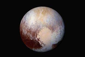 Sao Diêm Vương có cấu trúc gồm nhiều cồn nổi kỳ quái