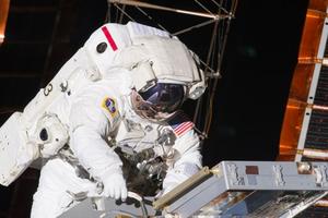 Mỹ thay thế, nâng cấp các thiết bị xuống cấp của trạm ISS