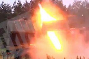 Ly khai miền Đông dội bão lửa vào quân đội Ukraine bằng pháo phản lực siêu khủng