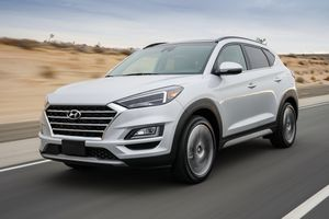Hyundai Tucson 2019 gây ấn tượng ngay từ bề ngoài