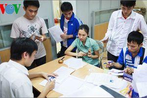 Đổi 'học phí' thành 'giá dịch vụ đào tạo' có thể dẫn đến lạm thu