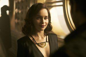 Nữ diễn viên Emilia Clarke quyết không là 'bình hoa di động' của Hollywood