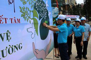 Lào Cai: Phát động chiến dịch 'Ngàn chữ ký, triệu quyết tâm bảo vệ môi trường'