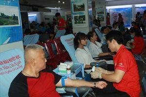 Phát động nhiều chương trình hiến máu tình nguyện và tôn vinh người hiến máu
