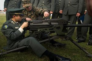 Điểm mặt 23 loại súng 'bất ly thân' của Thủy quân Lục chiến Mỹ