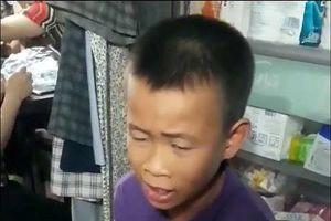Xem clip cậu bé lớp 7 hát thô 'Mưa chiều miền Trung' gây sốt cộng đồng mạng
