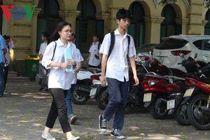 Đề môn Toán thi tuyển sinh lớp 10 năm học 2018-2019 ở Hà Nội