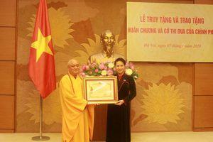 Trao tặng Huân chương Nhà nước cho các vị nguyên lãnh đạo Quốc hội