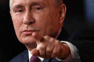Putin cảnh cáo Ukraine chớ dại tấn công Donbass