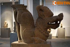 Tận mục bức tượng rồng lạ lùng của vương quốc Chăm Pa