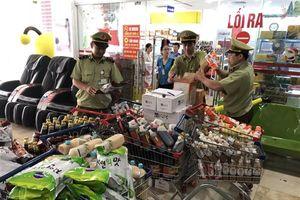 Lạng Sơn: Thu giữ gần 4.000 sản phẩm hàng hóa không có nhãn phụ tiếng Việt