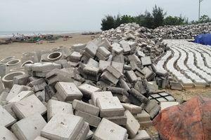 Huyện Quảng Xương (Thanh Hóa): Đê kè biển dở dang, người dân lo lắng