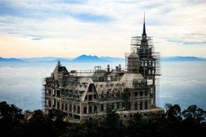 Lâu đài tráng lệ trên đỉnh Tam Đảo: Thượng khách là ai?