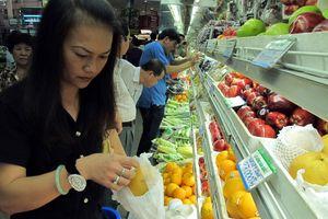Bỏ tiền triệu ăn trái cây ngoại siêu đắt
