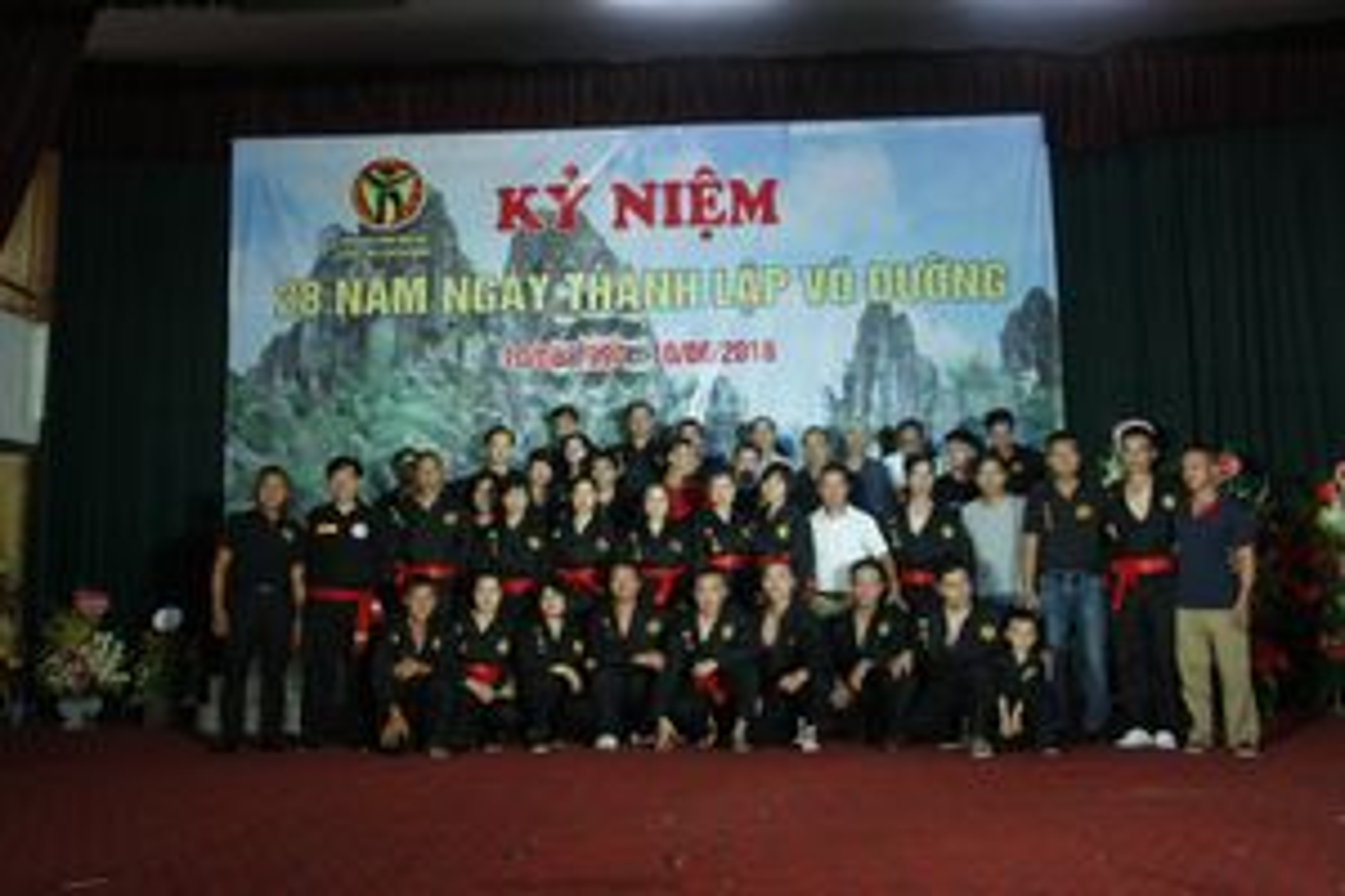 Ca sĩ Huy Cường, Nam Khang tới... võ đường