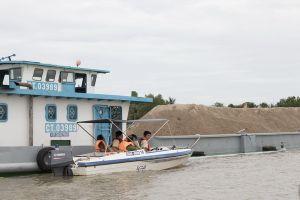 Công an Cần Thơ phát hiện nhiều phương tiện chở cát không có hóa đơn chứng từ