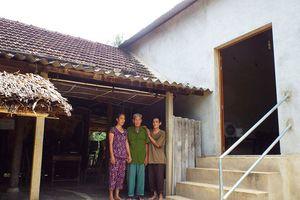 Người nghèo ôm nợ vì 'nhà từ thiện' hứa cho tiền rồi... biến mất