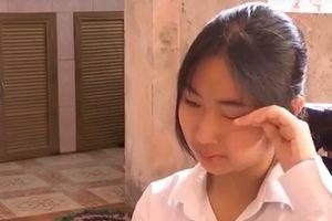 Không có hộ khẩu Hà Nội, nữ sinh có nguy cơ phải nghỉ học: UBND quận Long Biên lên tiếng