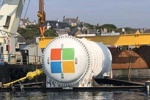 Microsoft đưa 864 máy chủ khủng xuống đại dương làm mát bằng nước biển