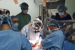 3h vận chuyển và ca ghép tim xuyên Việt 'căng như dây đàn'