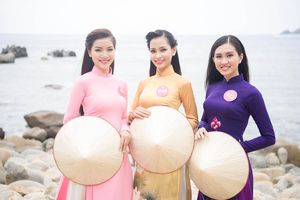 Thí sinh Hoa hậu Việt Nam ngỡ ngàng với Eo Gió hùng vĩ ngoài đời thực