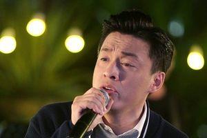 Sau 17 năm, bồi hồi nghe Lam Trường hát lại bản hit 'Tôi ngàn năm đợi'