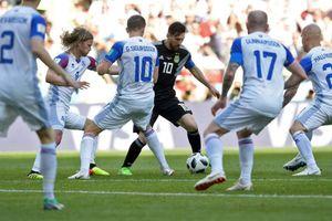 Messi sút hỏng phạt đền, Argentina muối mặt chia điểm ngày ra quân